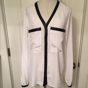 KATHERINE BARCLAY TOP BLOUSE WHITE TUNIC & BLACK M
